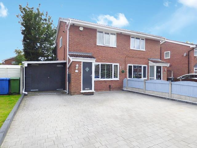 St Davids Drive, Callands, Warrington, WA5  9SB