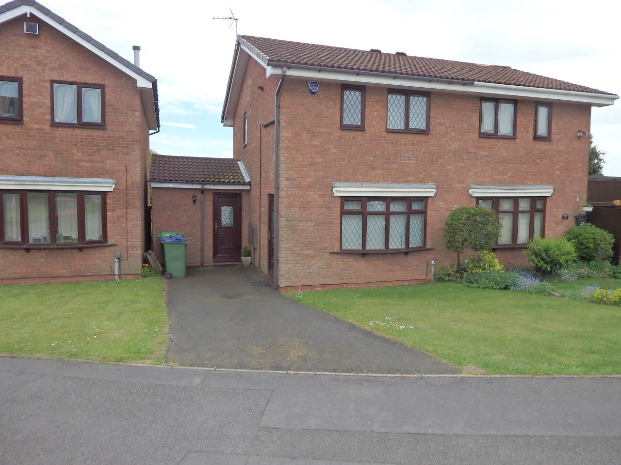 Midhill Drive , Rowley Regis, West Midlands