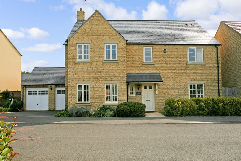Stirling Way, Moreton-in-marsh, Gloucestershire. GL56 0GS