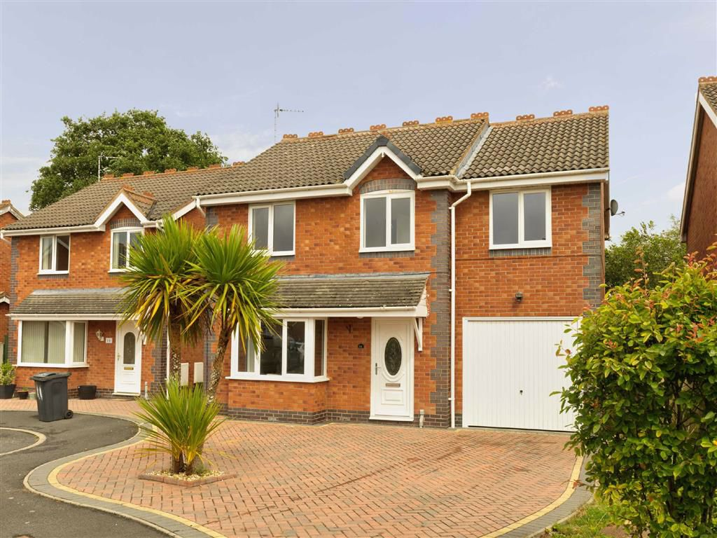 Poplar Close, Oswestry, SY11