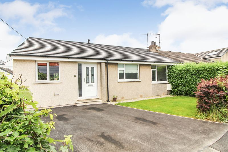 Extended 3 Bedroom Semi Detached Bungalow With 2 Bathroom And High End Fittings And Fixtures Throughout
