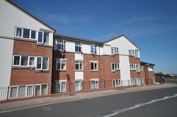 Great Eastern Court, Woodberry Way, Woodberry Way, Walton-on-the-naze