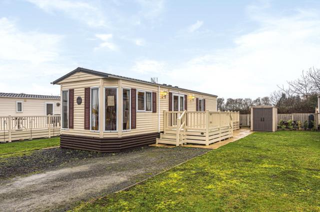 Neilson Caravan Park, Defford, Worcester, WR8