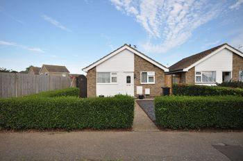 Oakwood Close, Kirby Cross, Frinton-on-sea