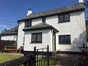 Grove Cottage, Llangwm