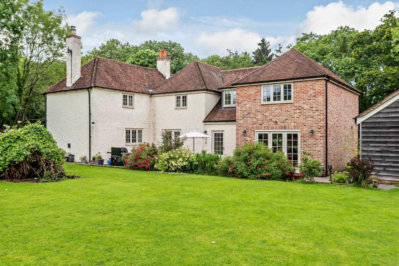 Fellers Lodge, Frenchmoor, West Tytherley, Salisbury, Wiltshire