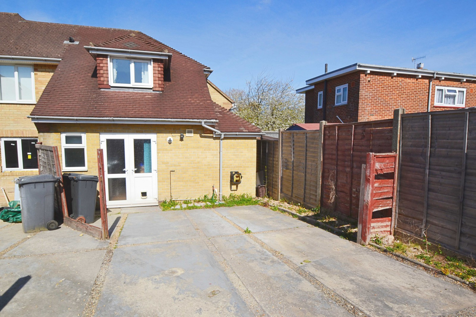 TWO BEDROOM FAMILY HOME WITH PARKING