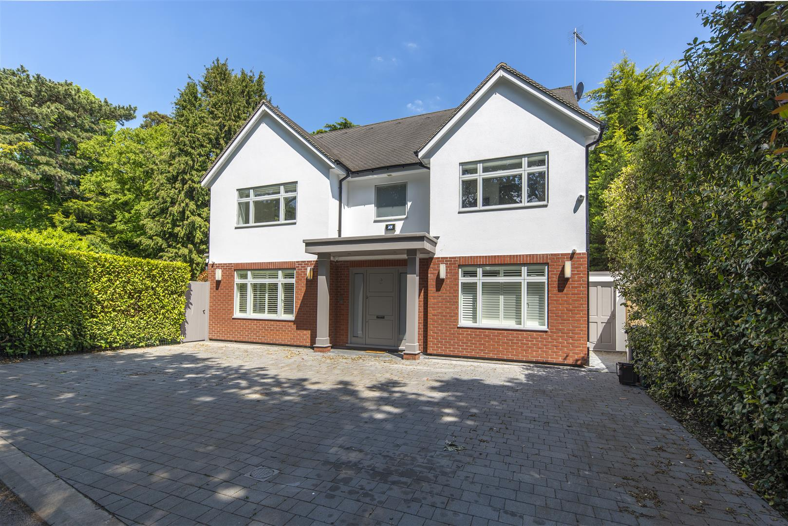 Winchester Close, Kingston Upon Thames KT2