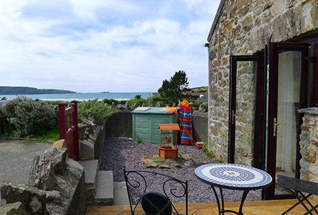 The Granary, Millmoor Farm Cottages, Broad Haven, Haverfordwest