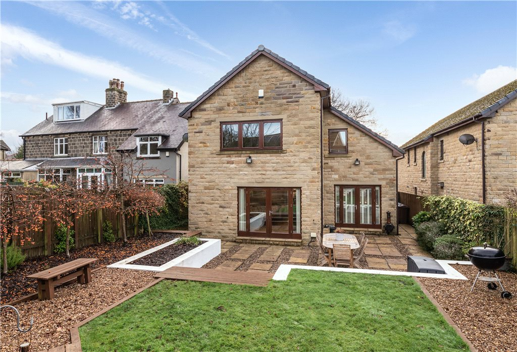 Lucy Hall Drive, Baildon, Shipley, West Yorkshire