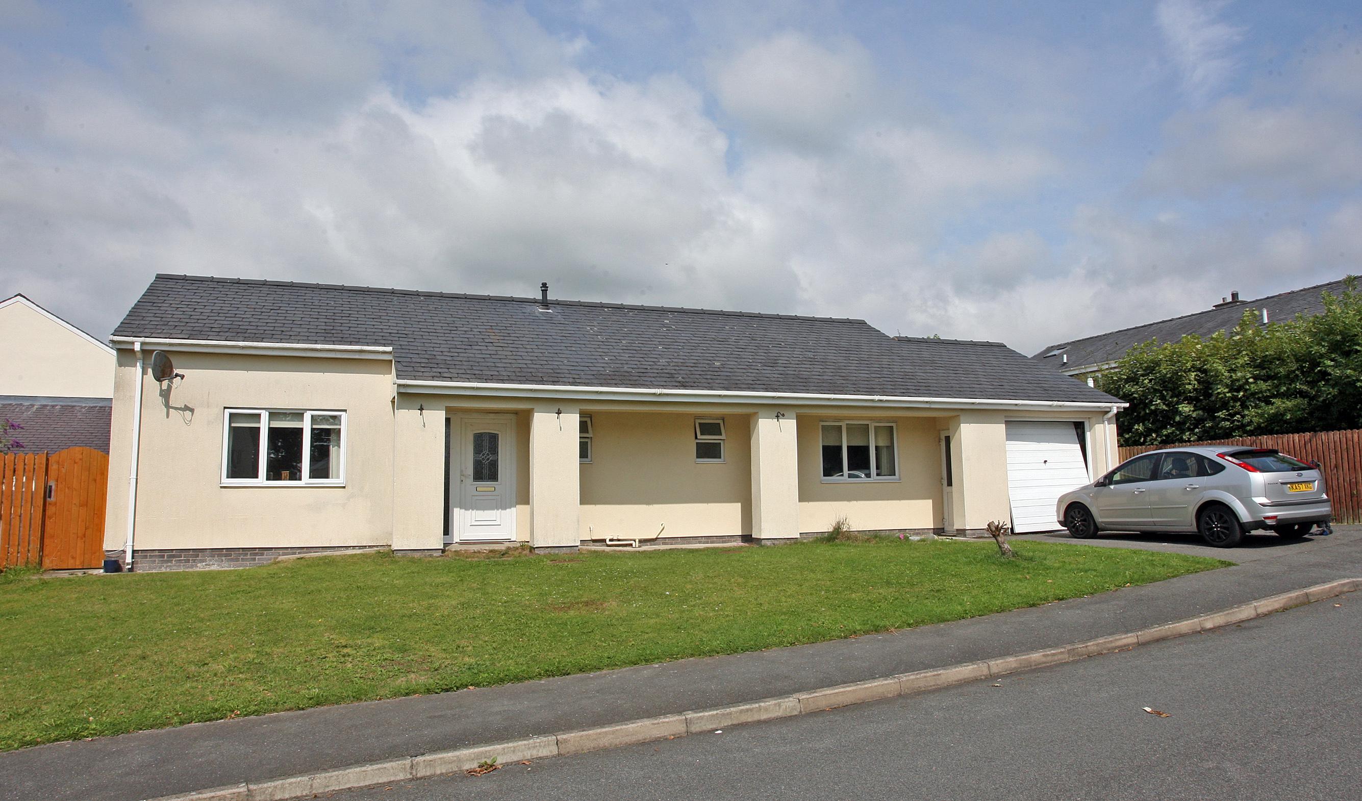 Cefn Dyffryn, Groeslon, North Wales