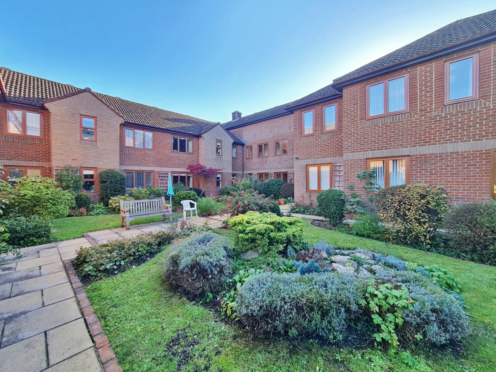 Flat 14 Orchard Walk, Winchester SO22 6DL
