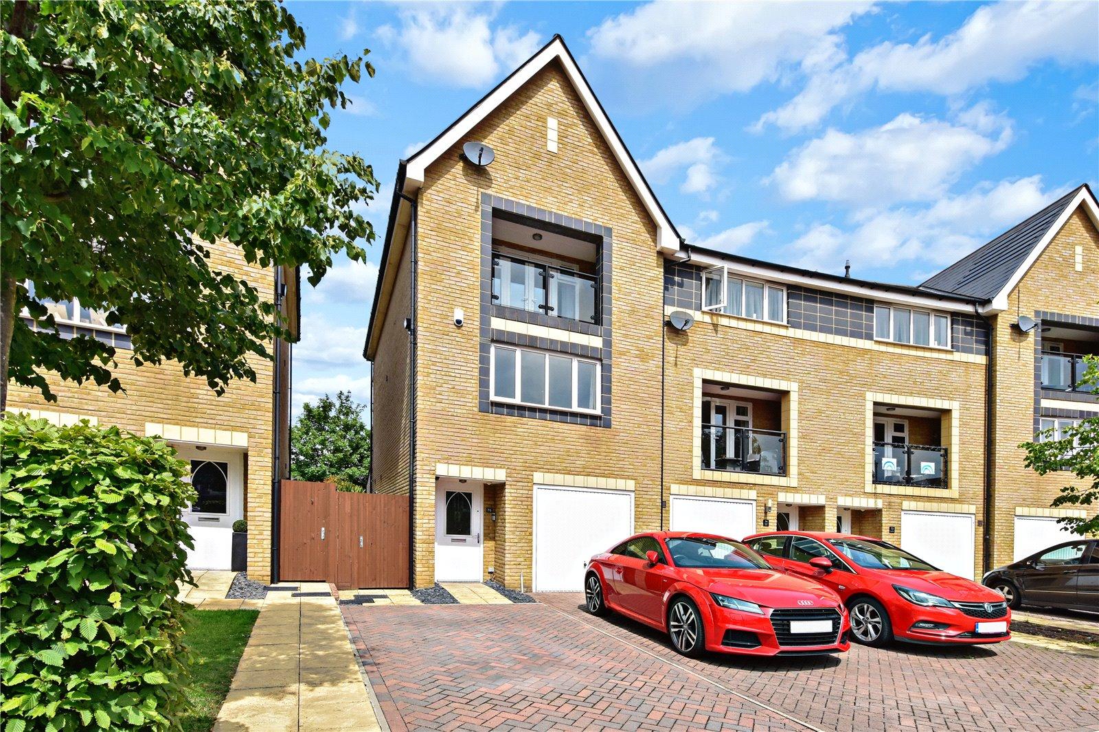 Chapel Drive, Victoria Park, Dartford, Kent, DA2
