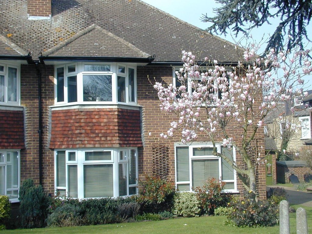 Beaulieu Close, Twickenham TW1