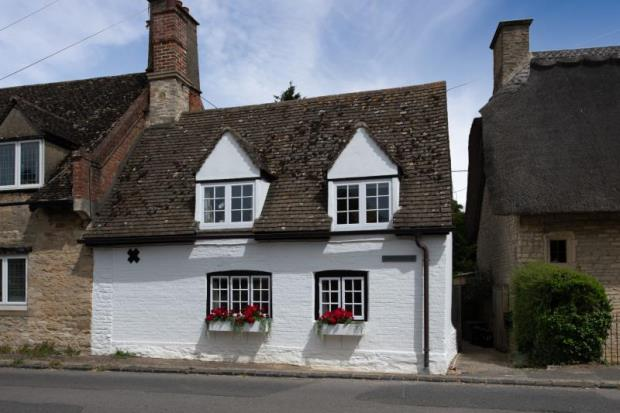 Thatchings, Main Road, Stanton Harcourt, Witney, Oxfordshire