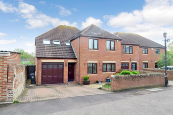 Wilton Vale, Vivary Road, Taunton, Somerset. Ta1 3jd, Vivary Road, Taunton