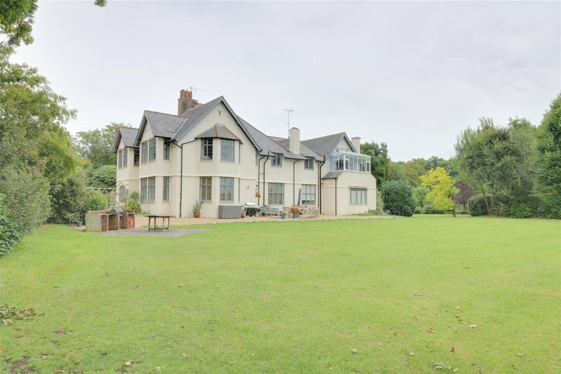 Sunhill House, Danemore Lane, South Godstone