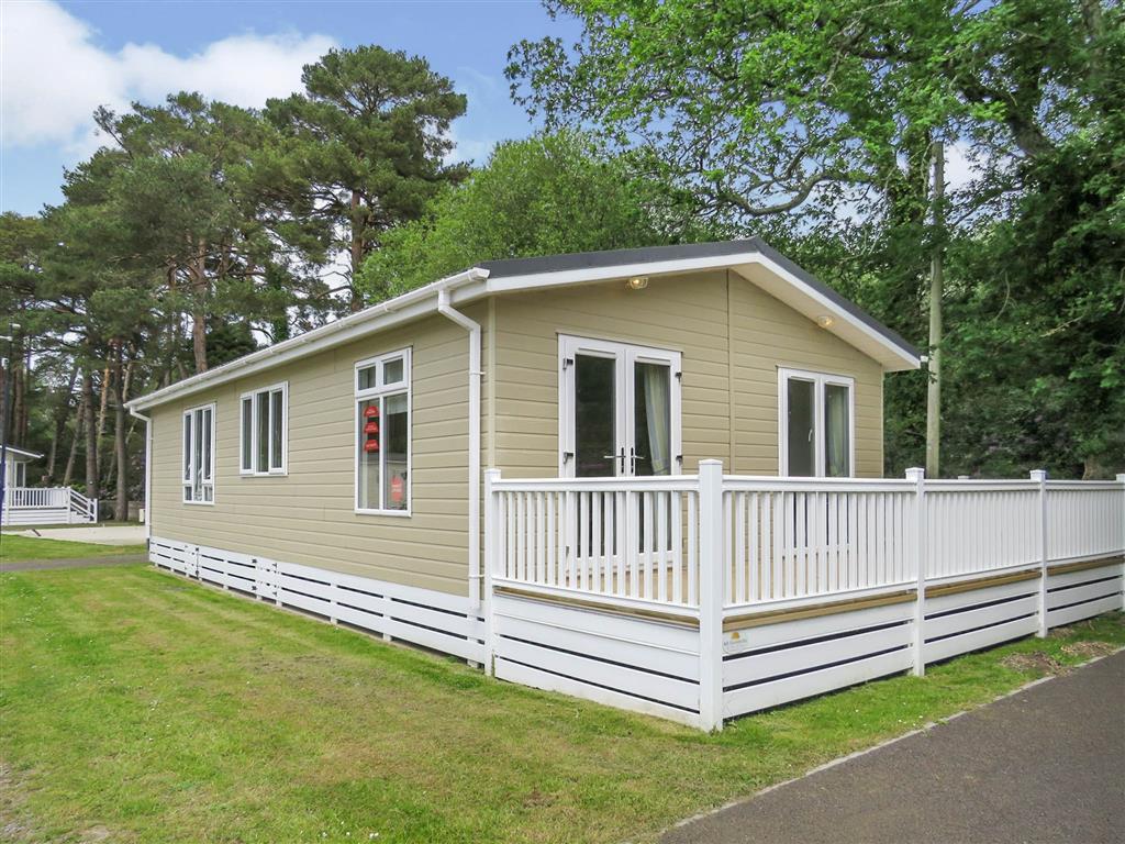Oakdene Park, St. Leonards, Ringwood, BH24