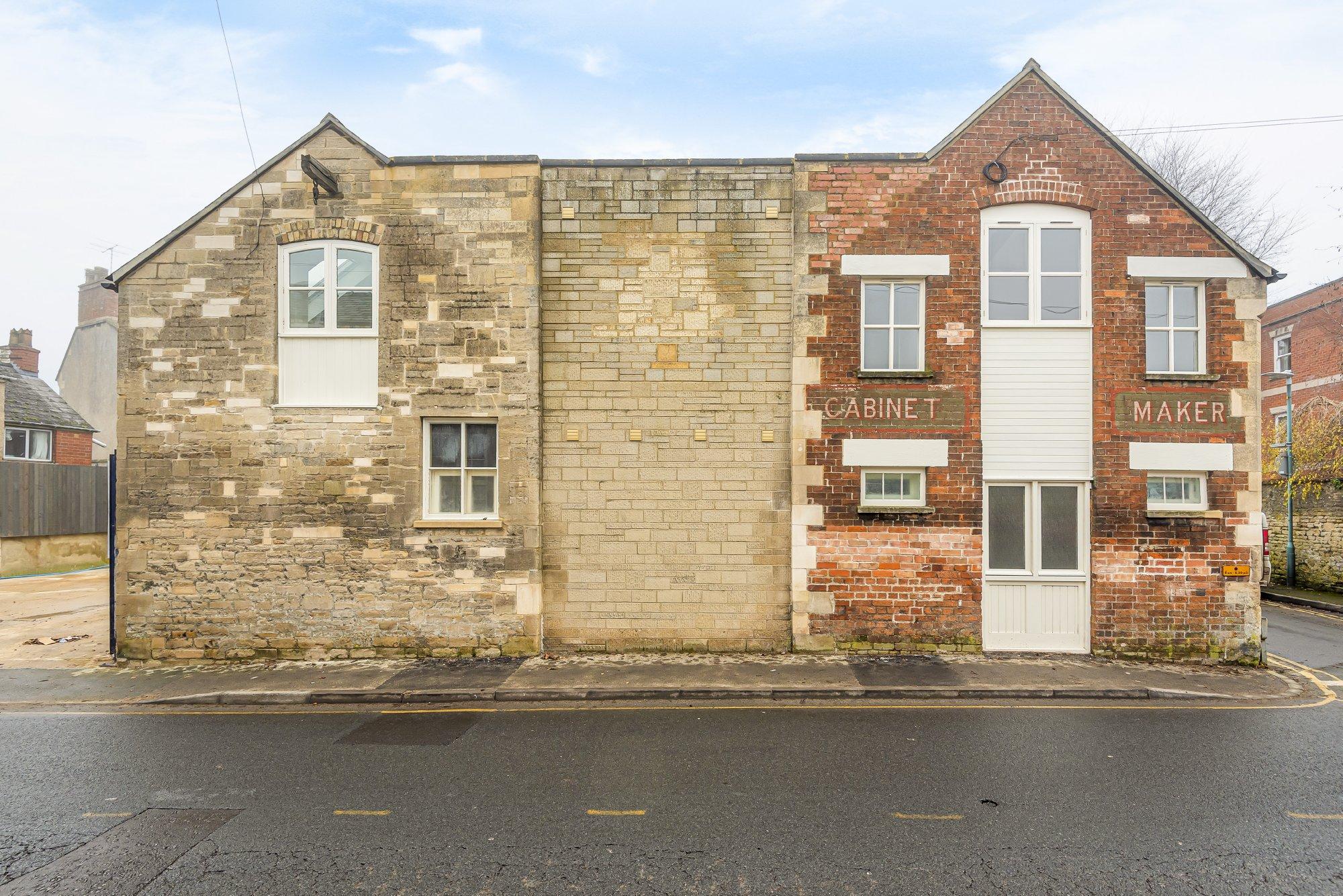 Lewis Lane, Cirencester