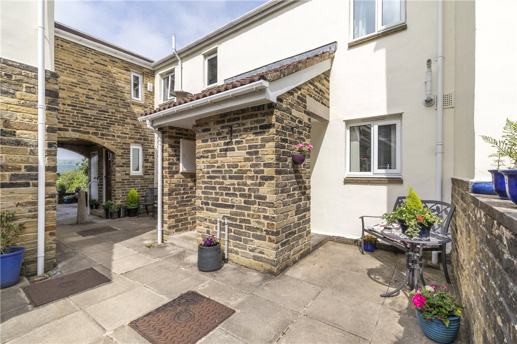 Linnburn Mews, Ilkley, West Yorkshire