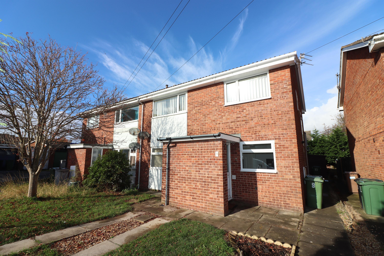 Gleneagles Close, Pensby, CH61 5YF