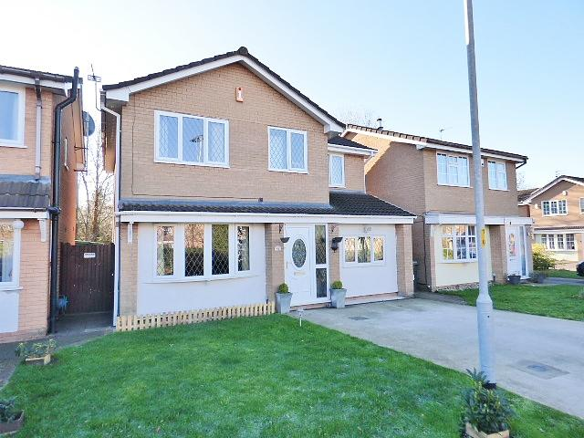 51 Carmarthen Close, Callands, Warrington, WA5  9UT
