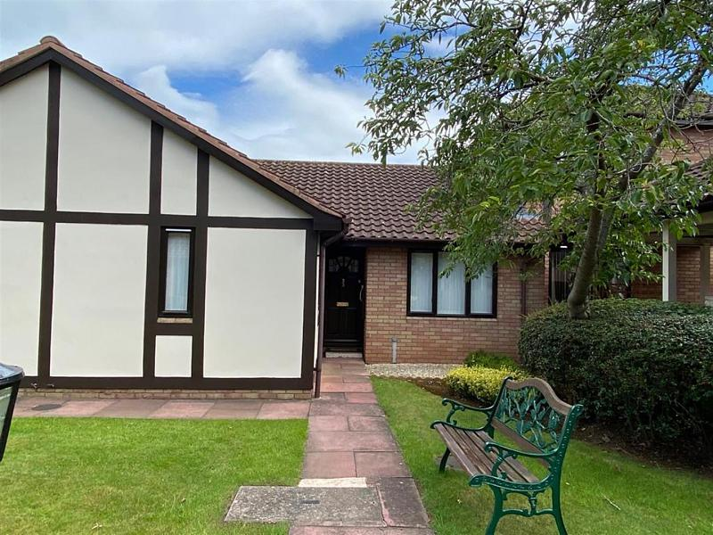 33 Brook Farm Court, Belmont, Hereford, HR2 7TY