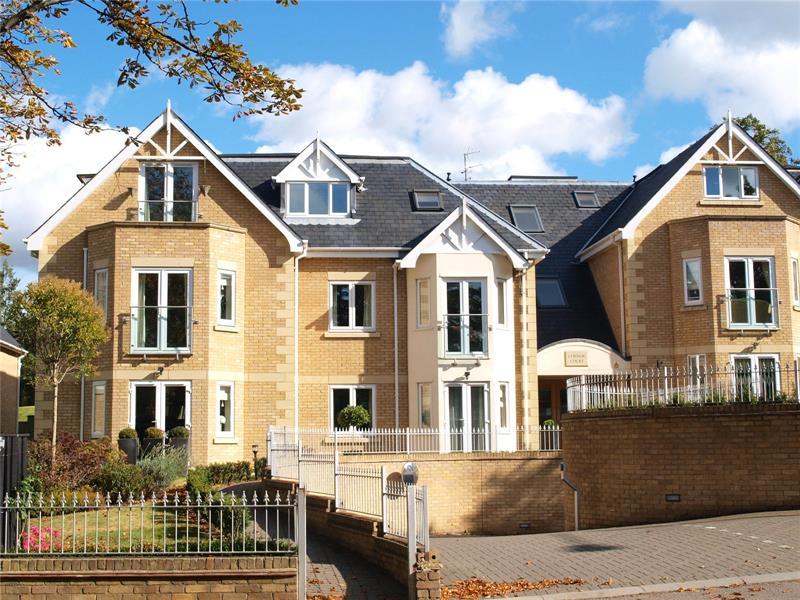 Slades Hill, Enfield, EN2