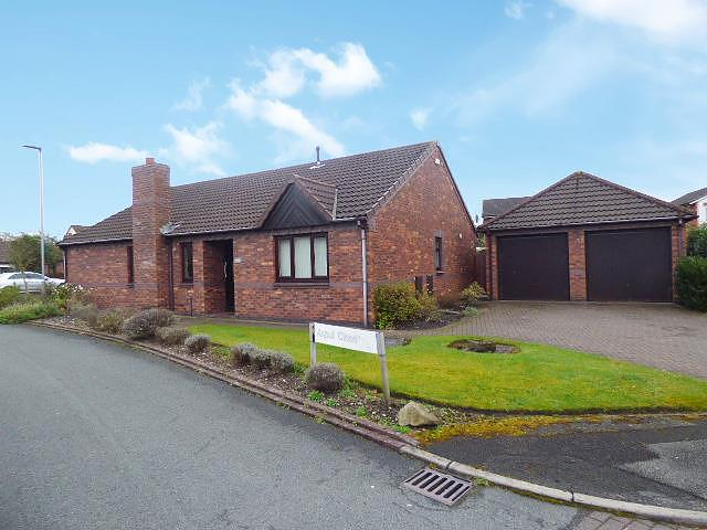 Aspull Close, Birchwood, Warrington, WA3  7NE