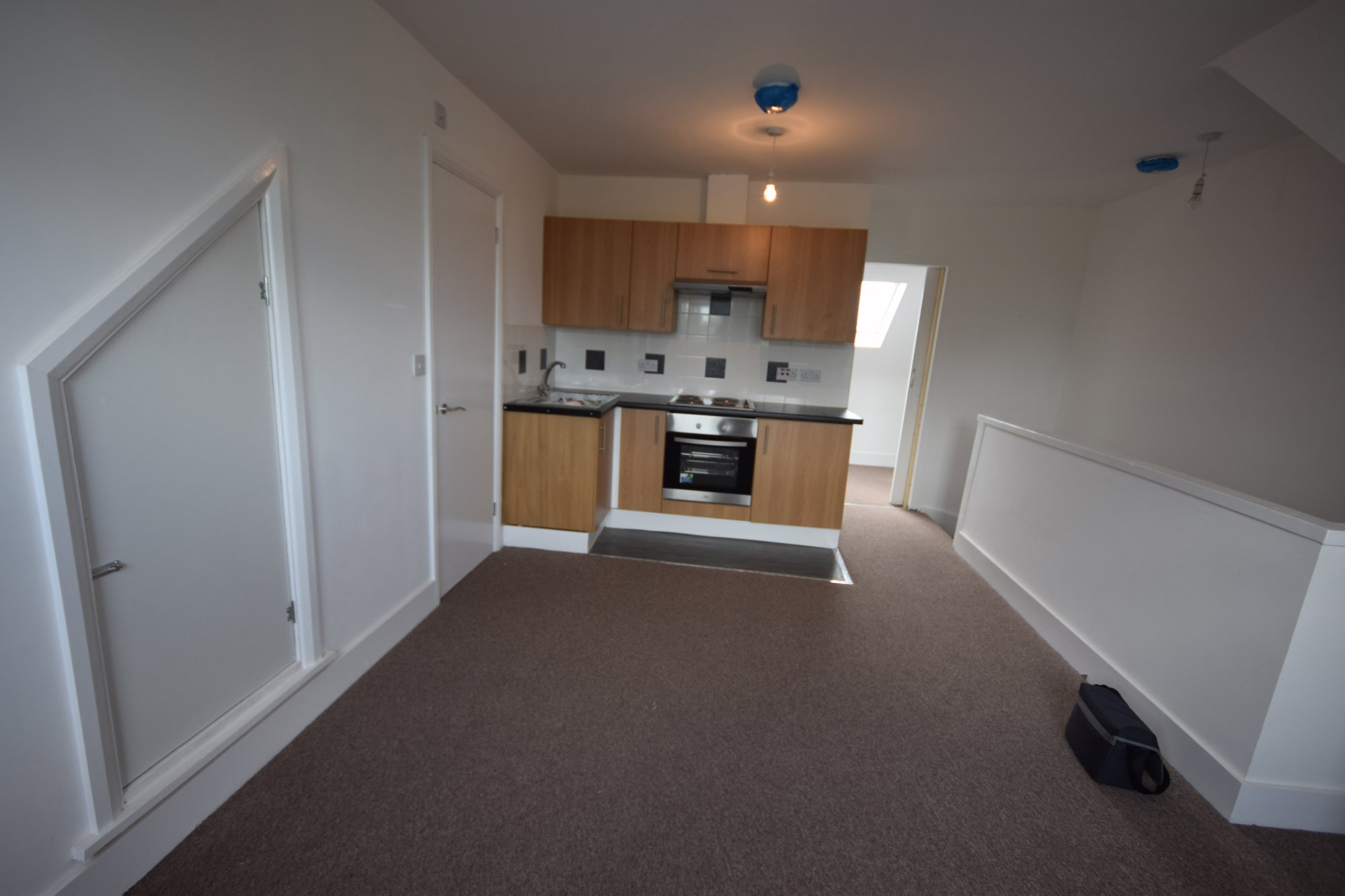 One Bed Flat to To Let