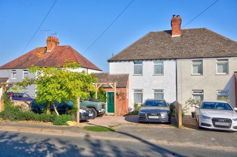 Cleeve Road, Middle Littleton, Evesham, Worcestershire, WR11