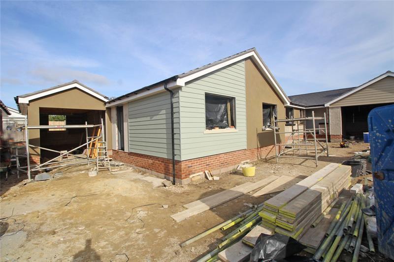 Germaine Close, Highcliffe, Christchurch, BH23