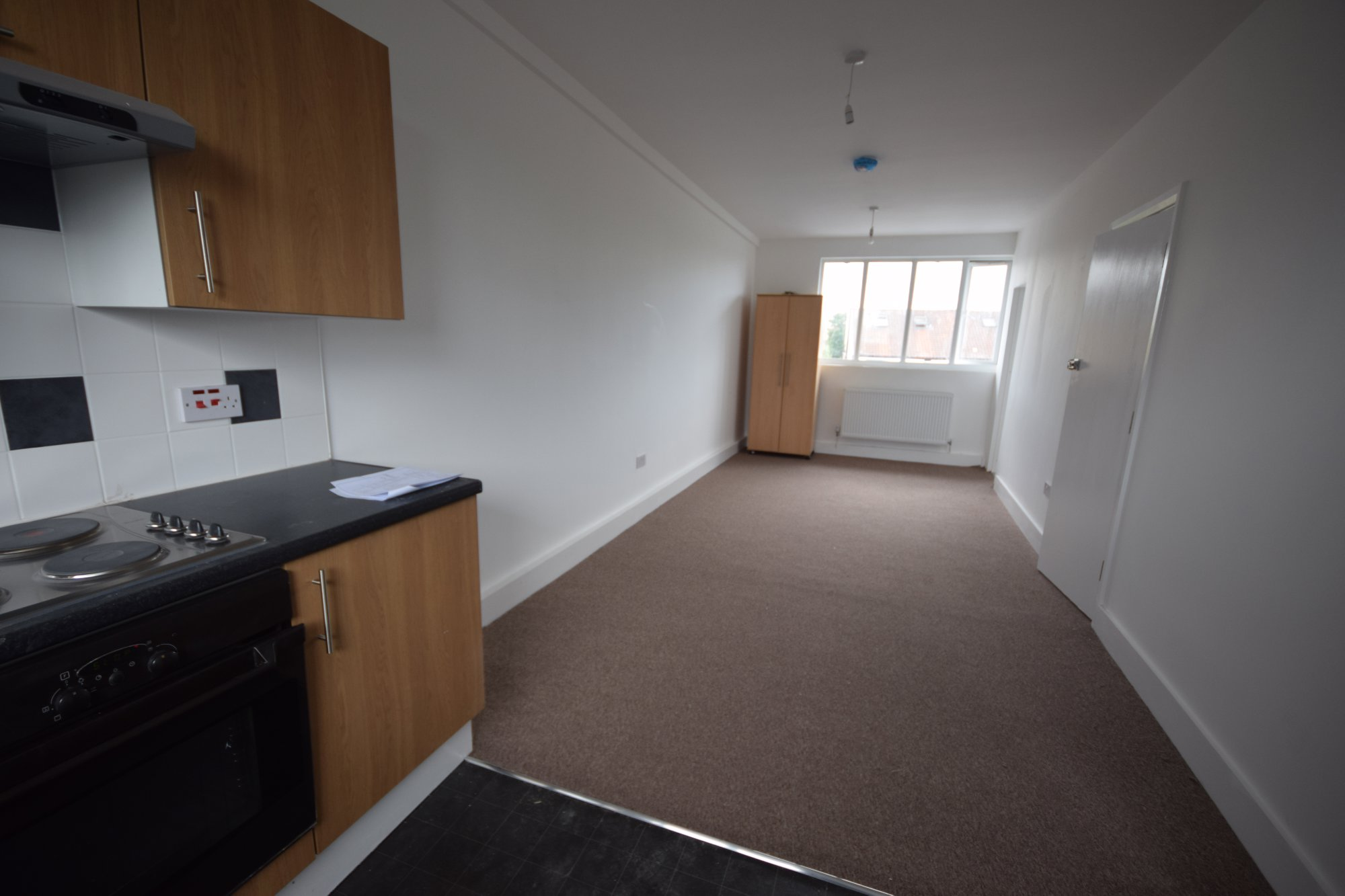 One Bed Flat to To Let Now