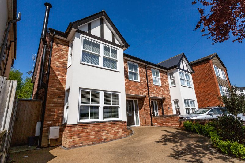 Chalkwell Park Drive, Leigh-on-sea