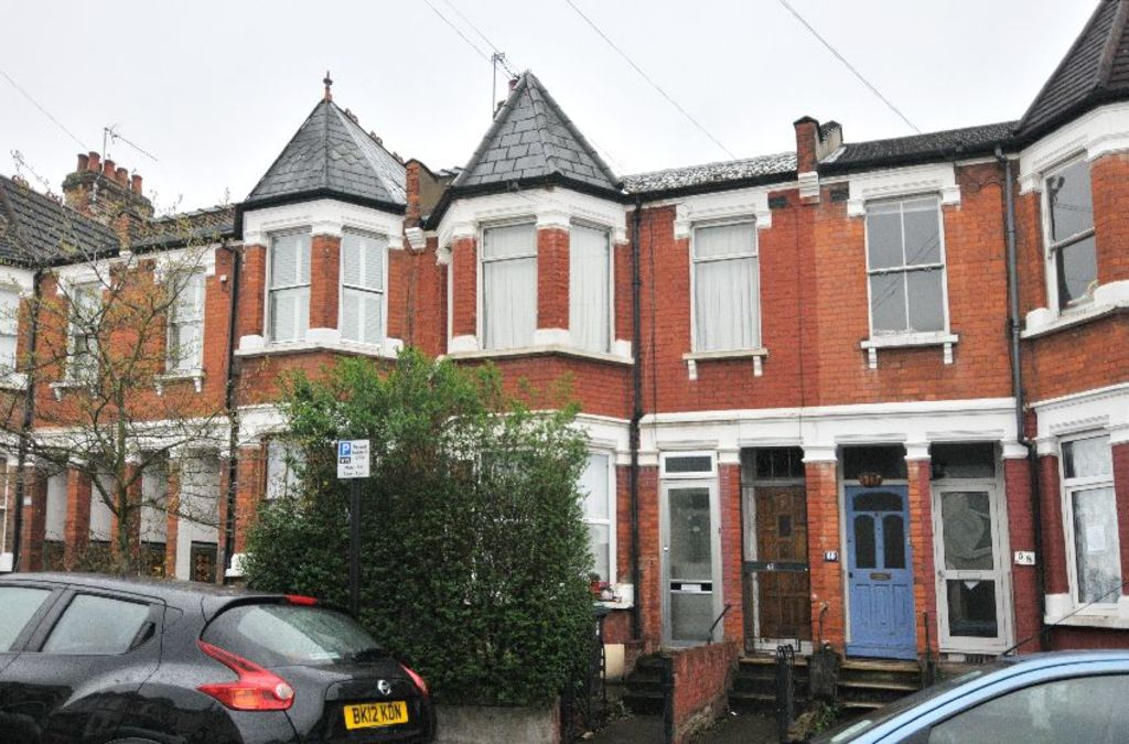Lyndhurst Road, Wood Green, London, N22