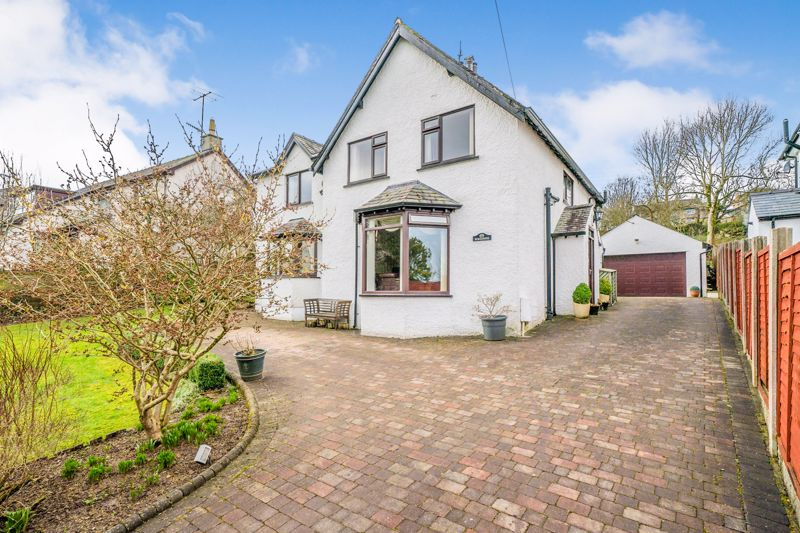 A Charming Detached And Spacious Family Home