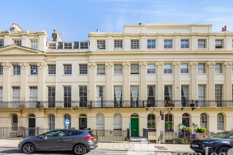 Oriental Place, Brighton, East Sussex. BN1