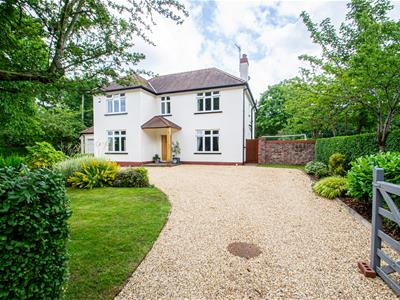 DEANS END, Thelwall, WA4