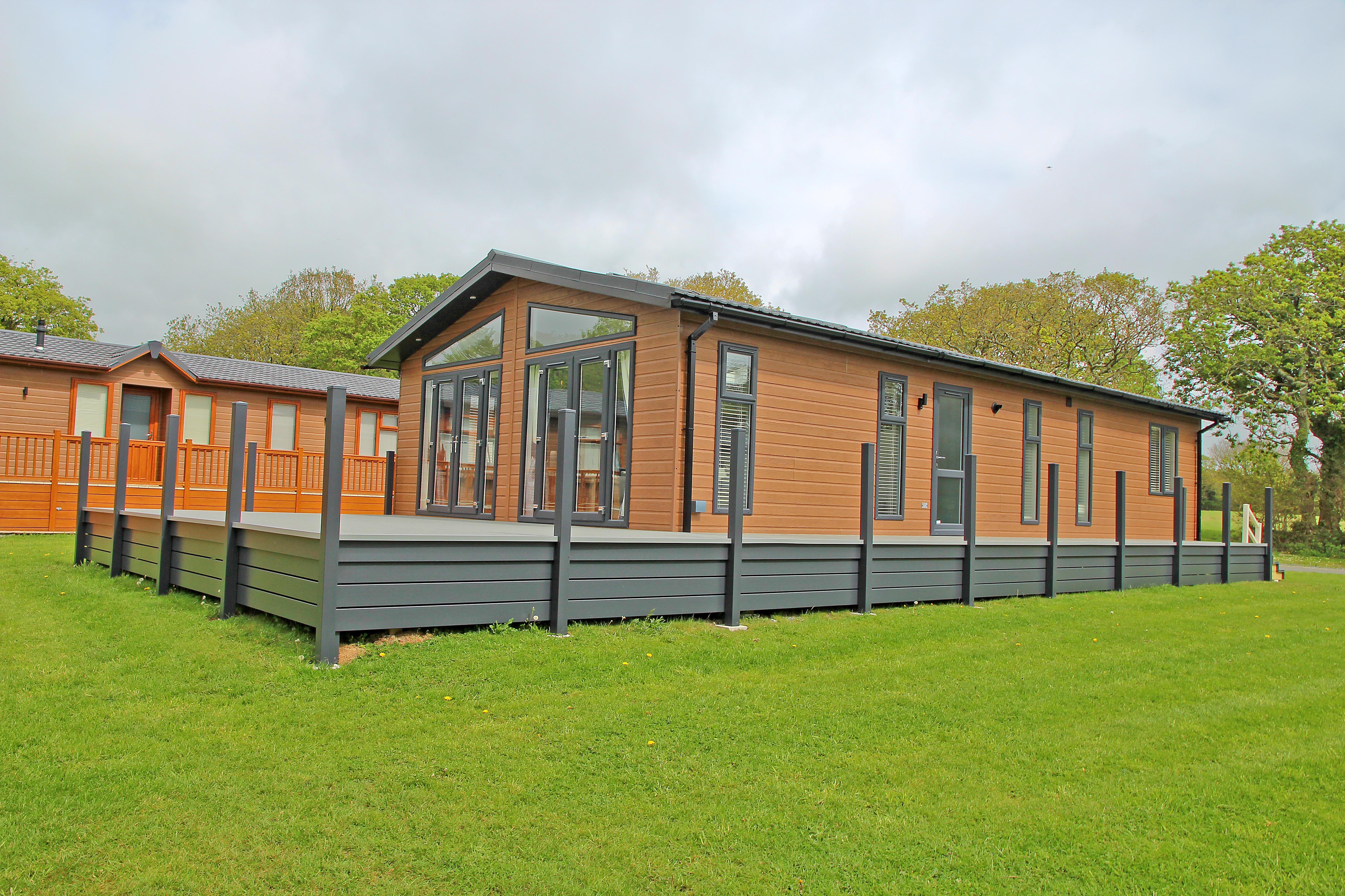 Y Noddfa/ Sanctuary Lodges, Rhosfawr, North Wales