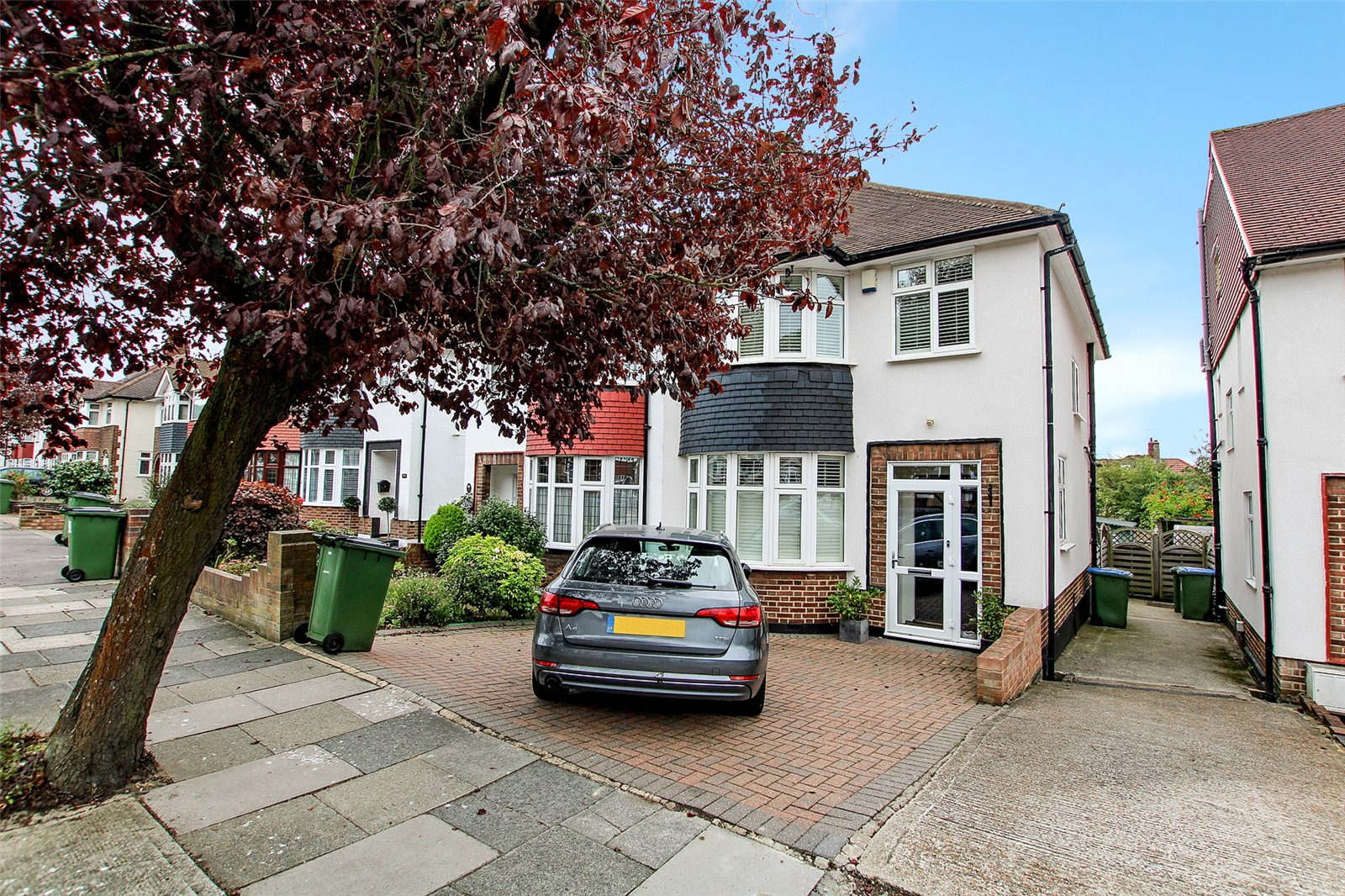 Crookston Road, Eltham, SE9