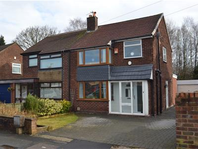 Pelham Road, THELWALL,, Warrington, WA4