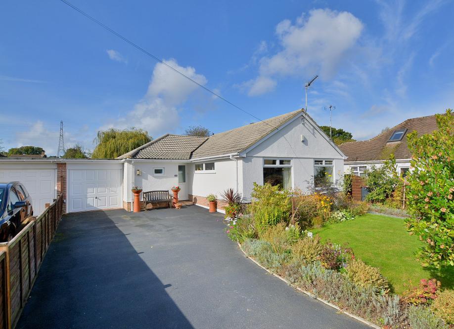 Clayford Avenue, Ferndown, Dorset, BH22 9PQ