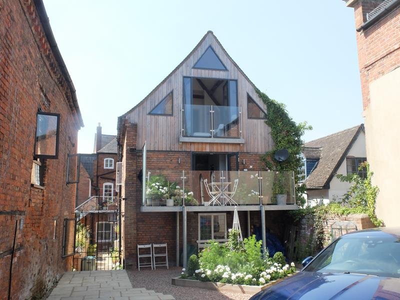 High Street, Old Tannery Courtyard, Ledbury