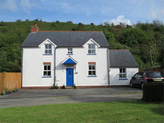 Mai Cottage, Cwmcanol, Dinas Cross, Newport, Pembrokeshire