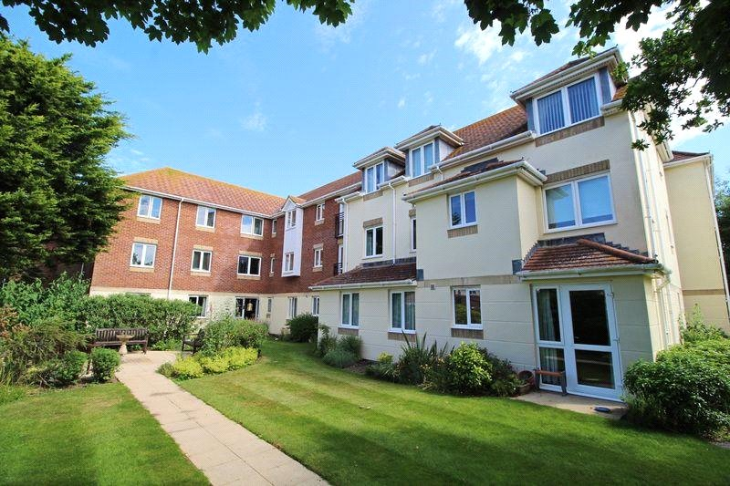 Daniels Lodge, 5-11 Montagu Road, Highcliffe, Christchurch, BH23