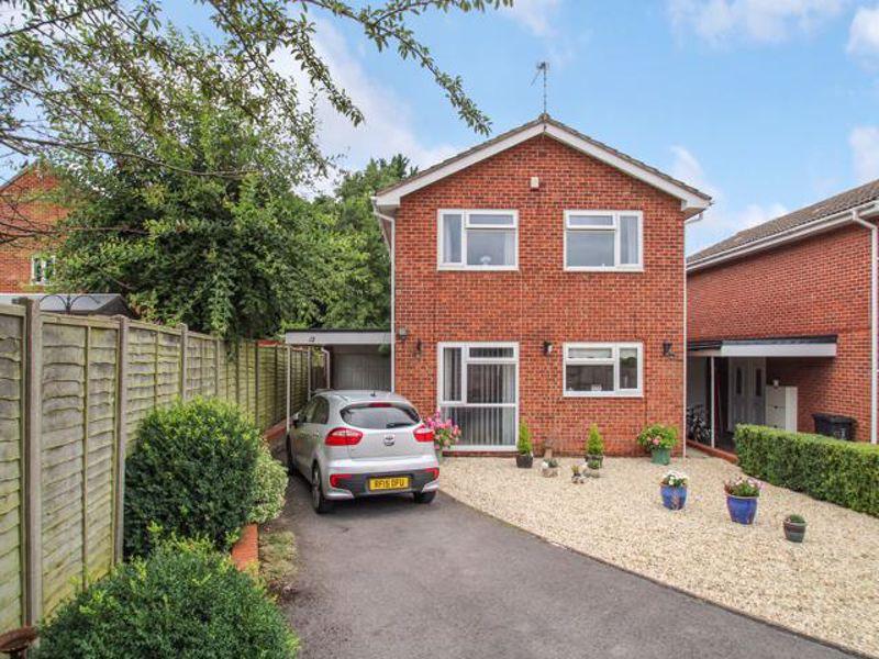 Yarmouth Close, Freshbrook, Swindon