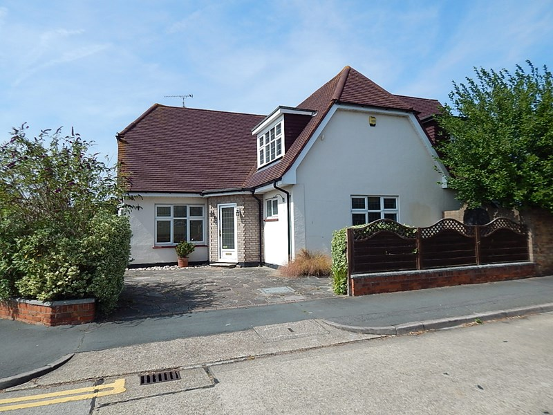 Ladram Road, Thorpe Bay, Southend-On-Sea, Essex, SS1