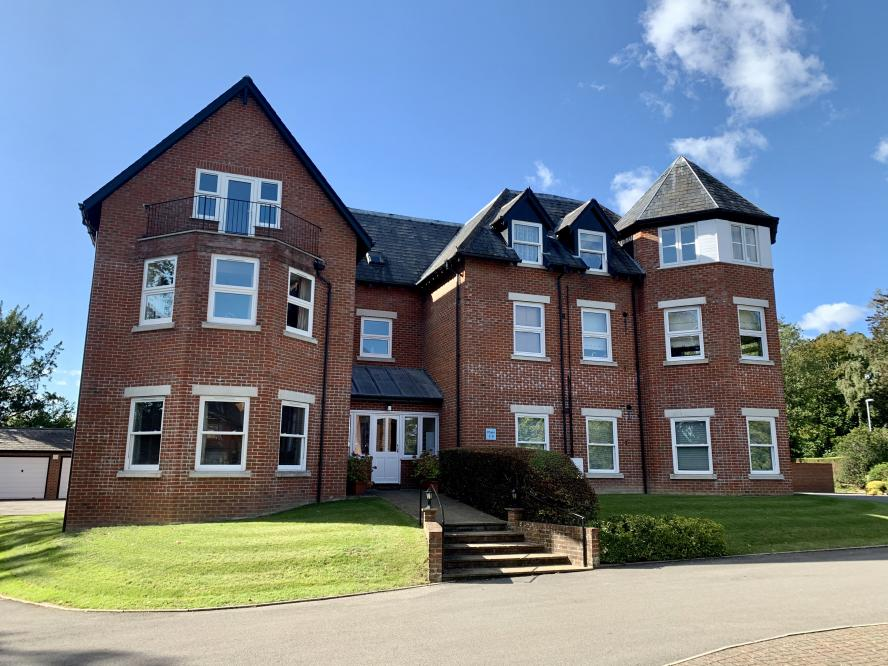 Grangewood Hall, Cranfield Avenue, Wimborne, BH21 1BZ