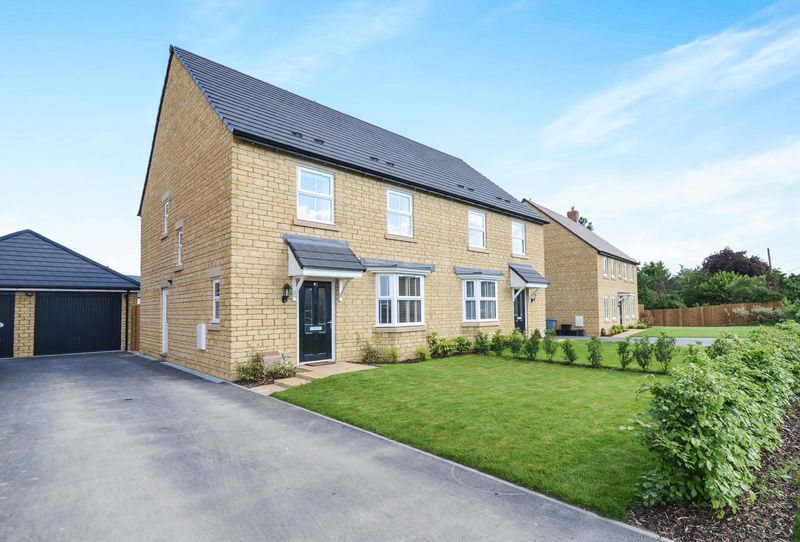 Swinbrook Road, Carterton
