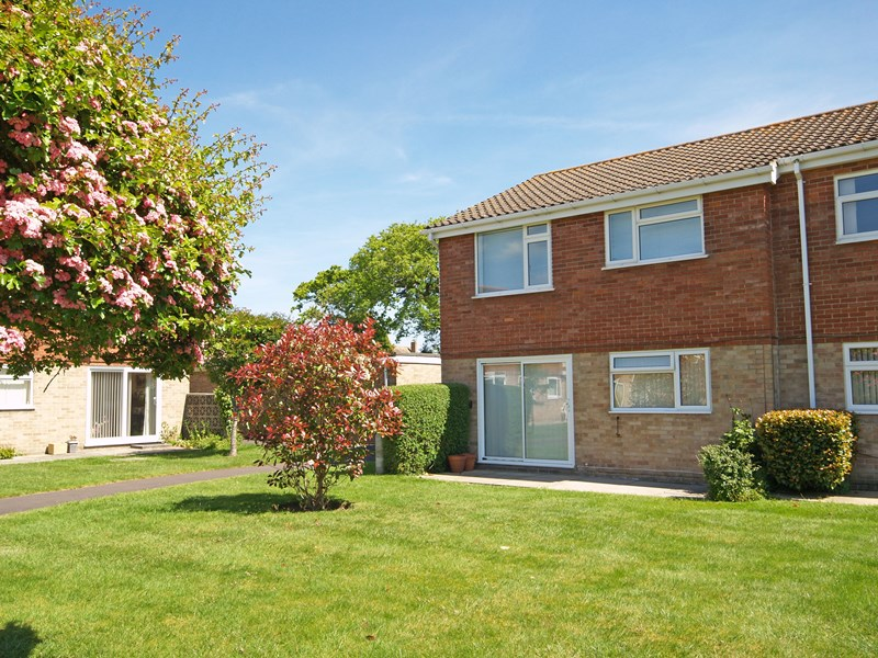 The Lawns, Waterford Road, Highcliffe, Christchurch, BH23